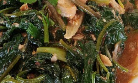 Ginisang Kangkong with Sardines
