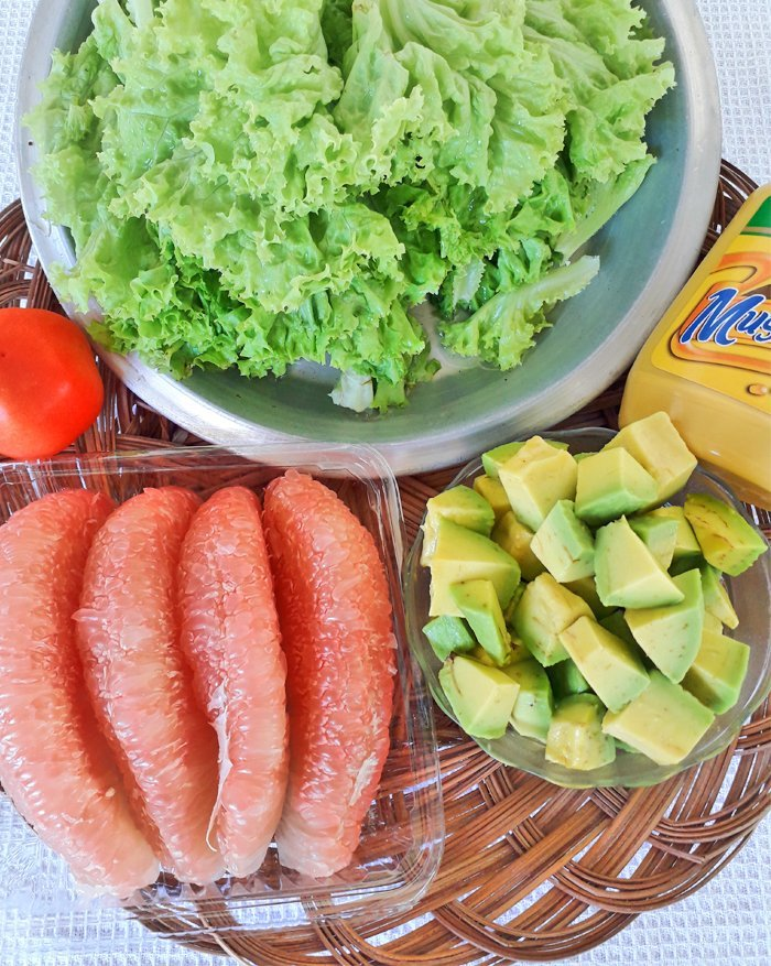 Pomelo and Avocado Salad with Lettuce Recipe Ingredients, Pomelo and Avocado Salad Ingredients, Mom Food Blog