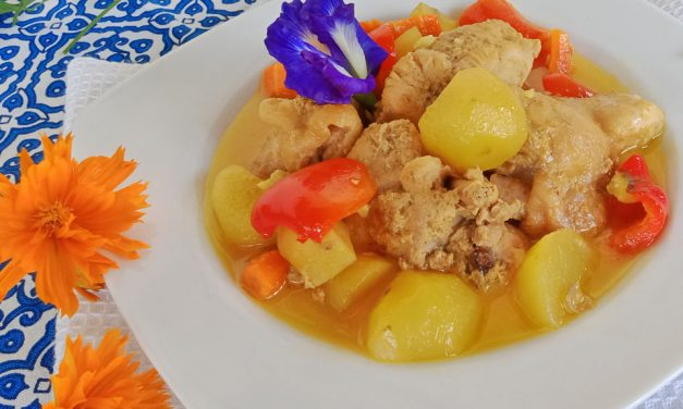 Chicken Curry (Filipino Style): Yummy and Easy to Make