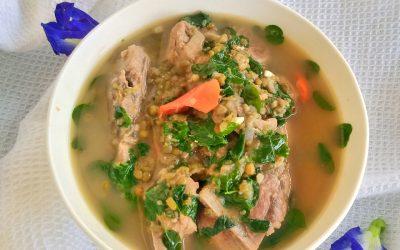 Mung Bean Soup with Pork (Ginisang Munggo)