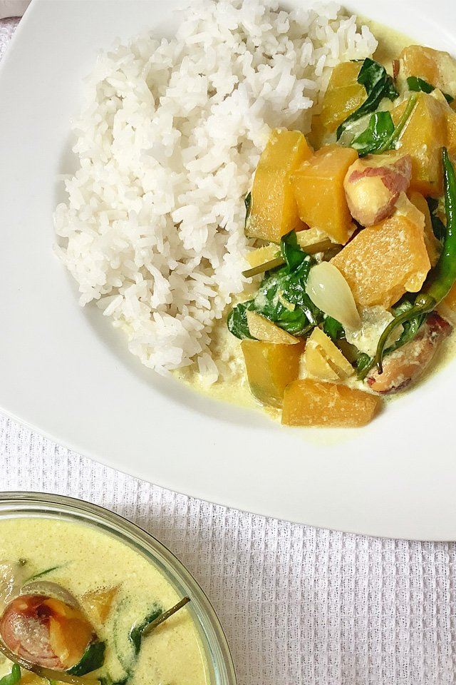 Jacfruit seeds curry with spinach, Mom Food Blog